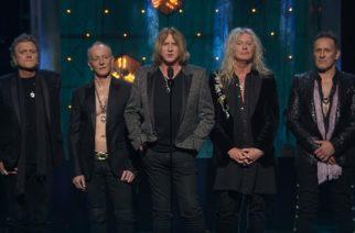 Ammattilaisten kuvaama video Def Leppardin valinnasta Rock N´ Rollin Hall Of Fameen katsottavissa