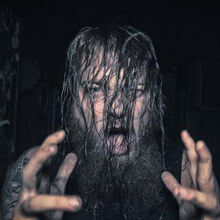 """Mors Subita sopimukseen Out Of Line Musicin kanssa: yhtye julkaisi videon """"Defeat""""-kappaleestaan"""