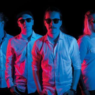 Tamperelaisen outolinnun Somehow Jon uusi albumi ilmestyy marraskuussa