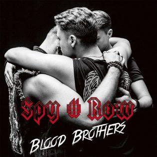 """Spy # Row viestittää olevansa kuin isot rocktähdet, vaikka aika ei ole vielä kypsä – arviossa yhtyeen """"Blood Brothers"""" -albumi"""
