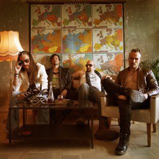 Michael Monroe saksipotkuili, Ville Juurikkala ohjasi – White Cloud Firen video Libertà-kappaleesta julki