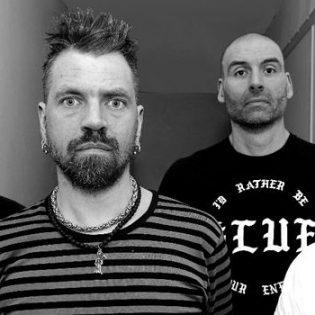 """Crust punk -veteraani Victims ottaa kantaa uudella """"The Sea And Poison"""" -kappaleella"""