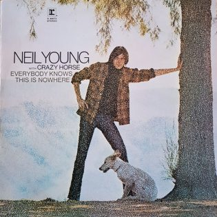 "Karua kauneutta: Neil Youngin ""Everybody Knows This is Nowhere"" 50 vuotta."