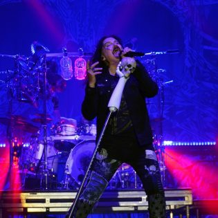 Dream Theaterin James LaBrie uuden sooloalbumin kimpussa