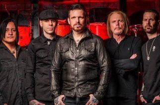 "Black Star Riders julkaisi animoidun musiikkivideon singlelle ""Ain't The End Of The World"""