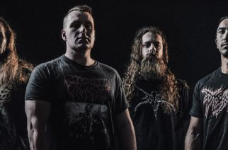 """Brutaalia death metalia keskiviikolle: Disentombilta video """"The Decaying Light"""" -kappaleesta"""