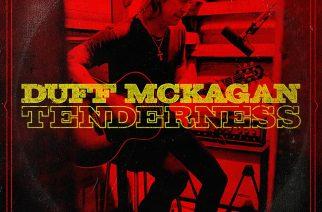 "Kun rokkari teki kantrilevyn – arviossa Duff McKaganin sooloalbumi ""Tenderness"""