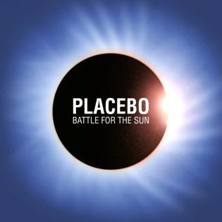 """Jo kymmenen vuotta Auringon puolesta taistelua – juhlaruodinnassa Placebon """"Battle For The Sun"""""""