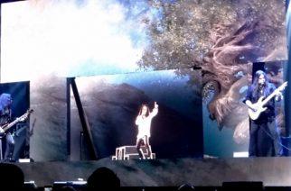 Ronnie James Dion hologrammi teki paluun keikkalavoille: katso video uudistuneesta hologrammista Orlandosta