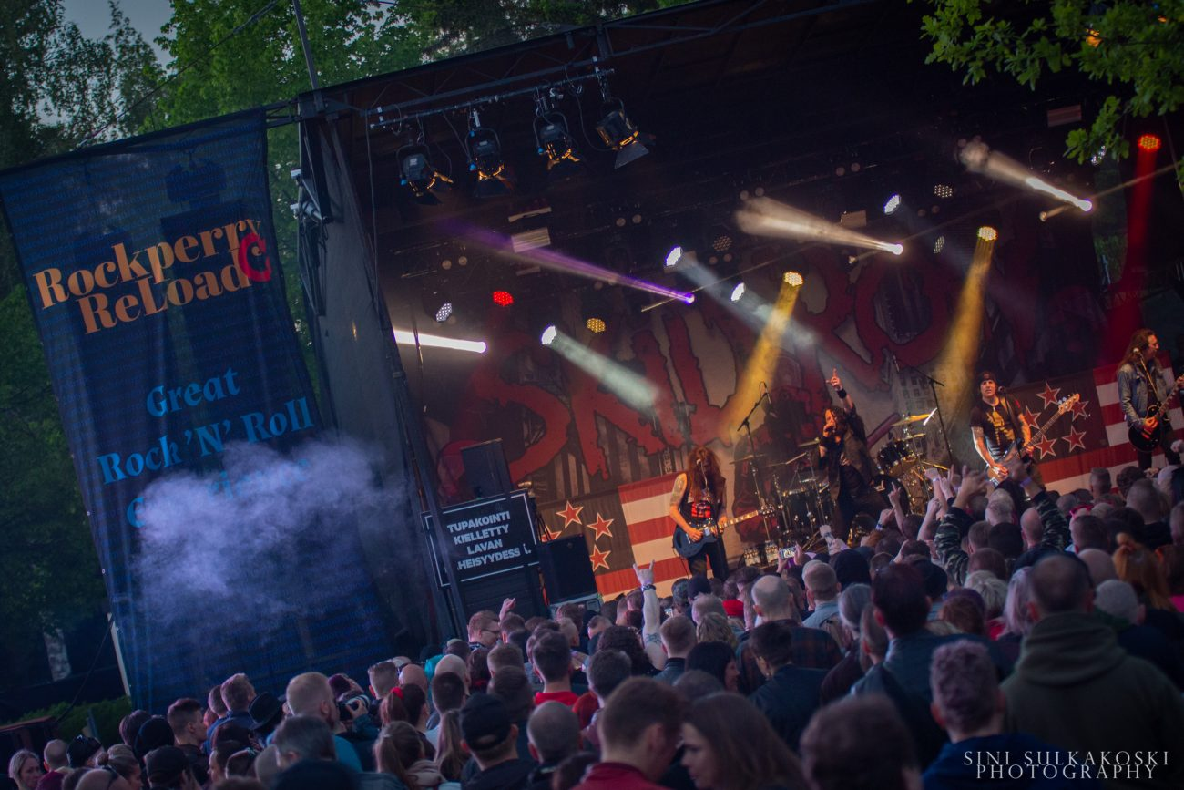Skid Row valmistelee uutta albumia – mukaan palkattu Deftonesin ja Rushin tuottaja