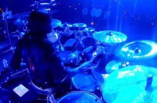 """Näin Slipknotin Jay Weinbergilta taipuu yhtyeen uuden """"Unsainted"""" -kappaleen soitto livenä: rumpuvideo katsottavissa"""