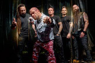 Five Finger Death Punchin tuoreella kiertuevideolla kuullaan USA:n kansallislaulu Ivan Moodyn tulkitsemana