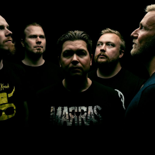 """""""Se, mikä tehdään, niin se tehdään kunnolla"""" – haastattelussa kuopiolainen metalliyhtye Marras"""