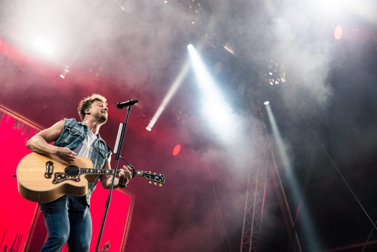 """Sunrise Avenuen Samu Haberilta lisää soolomateriaalia:  Uusi single """"Täältä tullaan"""" luvassa huomenna"""