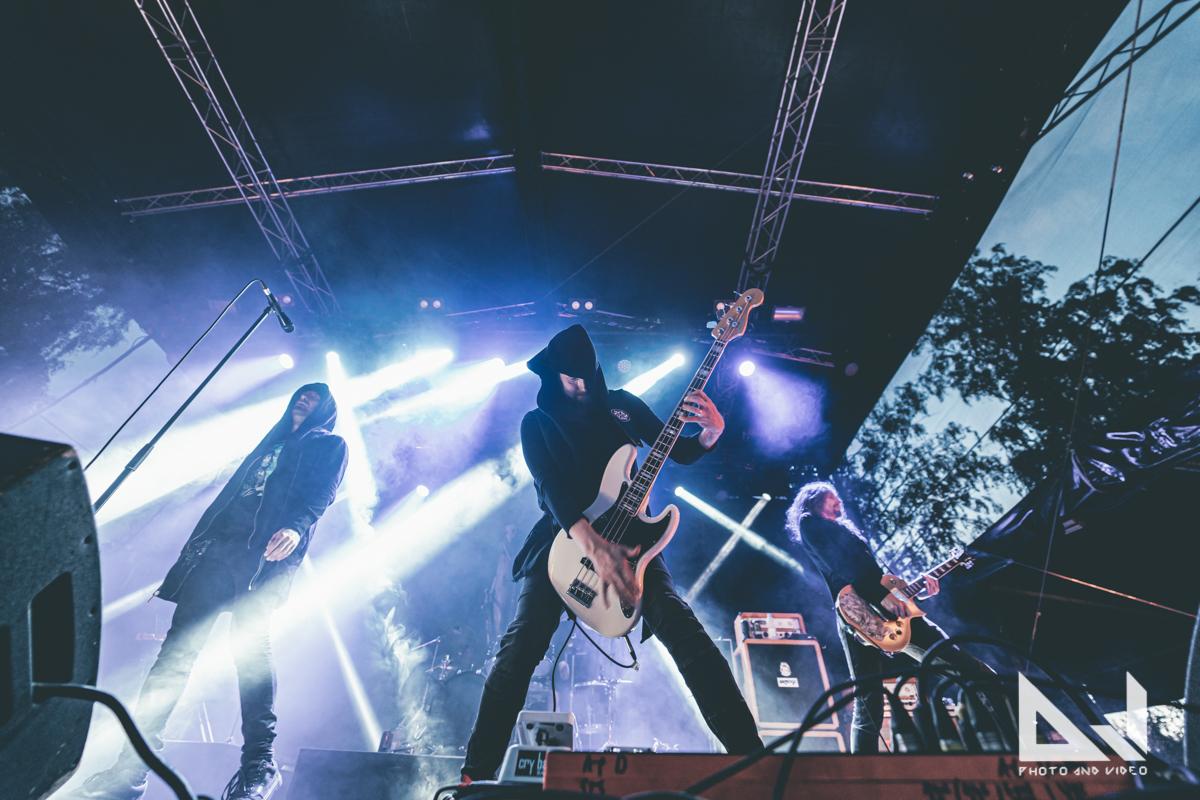 """Swallow The Sun julkaisi John Smith -festivaaleilla kuvatun livevideon kappaleestaan """"Firelights"""""""