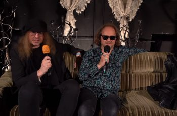"""KaaosTV tapasi Tuska Open Airin päättäneen The Hellacoptersin: """"On harmi, että nykypäivän rockbändit eivät enää täytä vanhempien bändien jättämiä saappaita"""""""