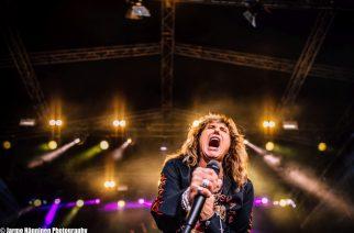 Viimeinen lähtölaskenta ja vimmainen Whitesnake – Katso Kaaoszinen kuvat Pietarsaari Open Airista