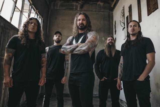 """As I Lay Dying julkaisi syyskuussa ilmestyvältä albumiltaan """"Shaped By Fire"""" -kappaleen musiikkivideon"""