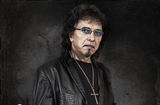 Kaaoszinen soittolista heavy metalin viiden vuosikymmenen kunniaksi