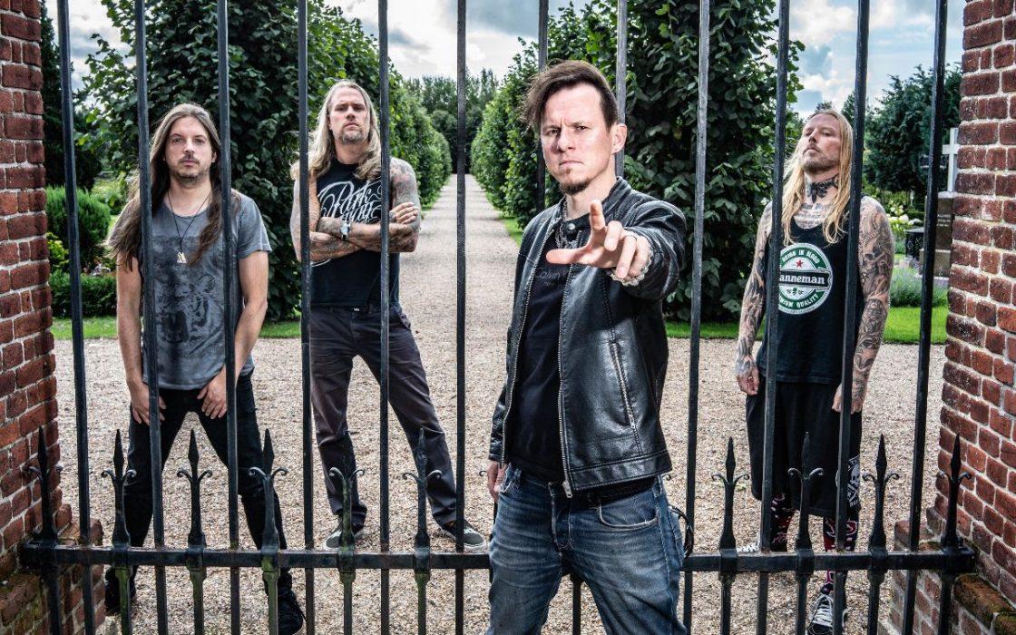 Cyhra tarjoilee esimakua tulevalta albumiltaan: bändi kiertueella Suomessa ensi viikolla