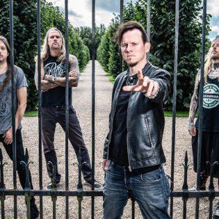 Cyhra sopimukseen Nuclear Blast Recordsin kanssa: uusi albumi luvassa myöhemmin tänä vuonna