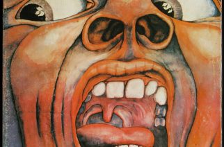 Vinyylialbumin kansikuva.  - In the Court of the Crimson King (subtitled An Observation by King Crimson)