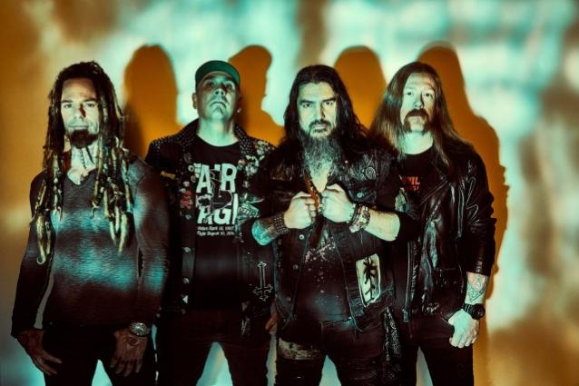 """Machine Head julkaisee uuden EP:n """"Arrows In Words From The Sky"""" kesäkuussa"""