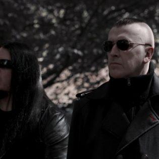 Strigoi kiinnitti livekokoonpanoonsa Imploresta ja Vallenfyrestä tuttuja kasvoja ja julkaisi uuden singlen tulevalta albumiltaan