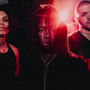 Bloodbather Rise Recordsille: yhtye uuden albumin kimpussa