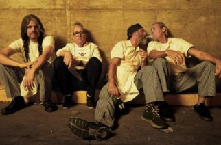 """Tool jatkaa harvinaisuuksien soittamista livenä: Soitti """"Swamp Song"""" -kappaleen ensimmäistä kertaa 12 vuoteen"""