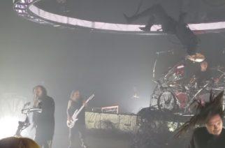 Korn esitti ensimmäistä kertaa livenä joukon tuoreen albuminsa kappaleita: videoita katsottavissa