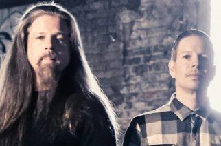 """Lamb Of Godin entinen rumpali Chris Adler kommentoi välejä veljeensä: """"Tällä hetkellä suhteeni Willieen on """"outo"""" mutta olemme yhä hyvissä väleissä"""""""