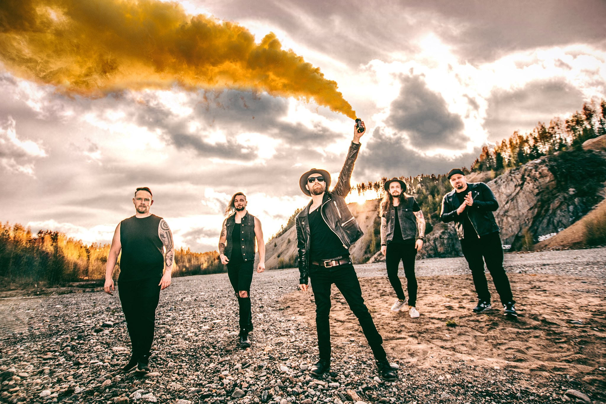 Tamperelainen Detset solmi sopimuksen saksalaisen levy-yhtiön Out Of Line Musicin kanssa