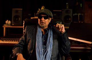 Motörheadista tunnettu kitaristi Phil Campbell kertoo yhteistyöstään Judas Priestin Rob Halfordin kanssa tuoreella videolla