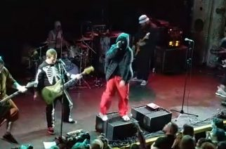 The Wonder Years esiintynyt Halloween-kiertueellaan Limp Bizkitiksi pukeutuneena