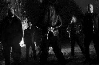 Apocryfal julkaisee levyllisen murskaavan mustaa kuolemaa joulukuussa