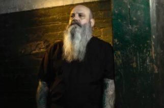 """Crowbar -pomo Kirk Windsteinin tulkinta Jethro Tullin """"Aqualung"""" -kappaleesta kuunneltavissa"""
