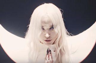 """Outolintu Poppy julkaisi uuden musiikkivideon kappaleelleen """"Bloodmoney"""""""