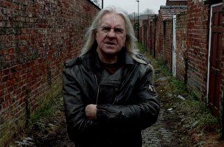 """Saxonin laulaja Biff Byford julkaisi tulevan """"School of Hard Knocks"""" -sooloalbuminsa nimikkokappaleen: kuuntele single musiikkivideon kera"""