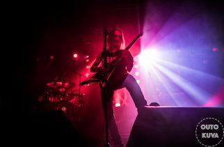 Viikatemies sivalsi tylysti Pakkahuoneella – Children Of Bodom hyvästeli Tampereen