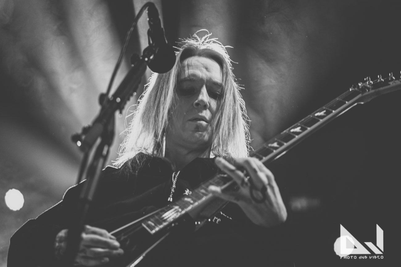 Tapahtuipa vuonna 2008: Children Of Bodom hassutteli Wacken Open Airissa coveroimalla Van Halenia sekä Rihannaa