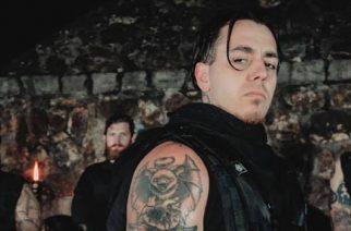"""Defilerilta pitkästä aikaa uutta musiikkia: uusi kappale """"Canaanite"""" kuunneltavissa"""