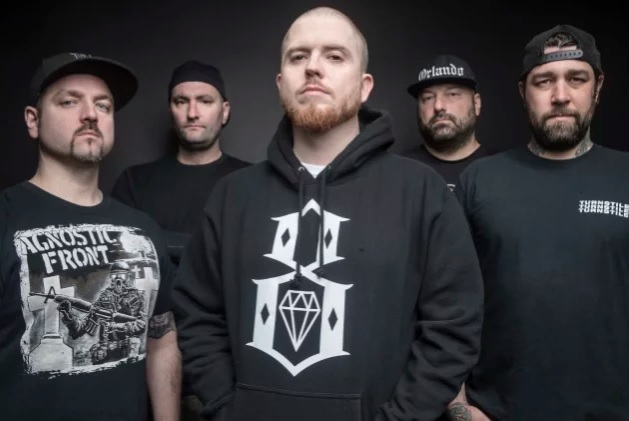 """Hatebreed julkaisi eilen ilmestyneen albumin kunniaksi lyriikkavideon """"Cling To Life"""" -kappaleesta"""