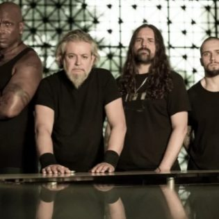 """Sepulturan SepulQuarta-videosarja sai jälleen jatkoa – esitys kappaleesta """"Apes Of God"""" katsottavissa"""