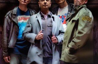 Joey Luumäki vie punkrokkarit mustaan aukkoon