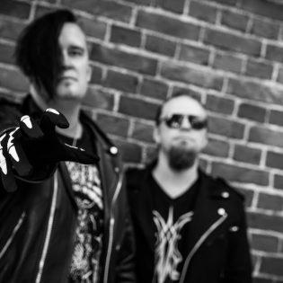 Kotimainen dark electro -duo Miseria Ultima julkaisee toisen albuminsa tammikuussa