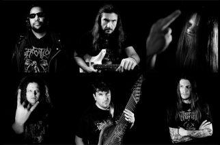 """Cannibal Corpsen George """"Corpsegrinder"""" Fischerin kipparoimalta Voodoo Godsilta albumi toukokuussa: uusi kappale """"Rise Of The Antichrist"""" kuunneltavissa"""