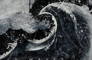 """Melankoliset kauniit melodiat tahdittavat Dawn of Solacen toista tulemista – arviossa """"Waves"""""""
