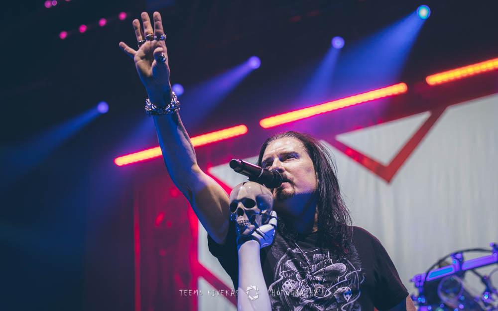"""Dream Theater julkaisi """"Fatal Tragedy"""" -kappaleestaan livevideon"""
