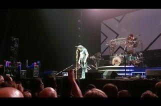 Dream Theater kunnioitti edesmennyttä rumpalilegendaa Neil Peartia pitämällä hiljaisen hetken konsertissaan